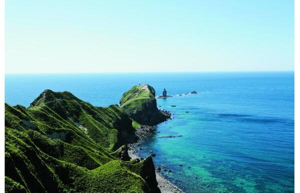 青く輝く日本海を目指して夏の積丹絶景ドライブ